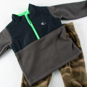 Carters Boys 12 mo 2 piece Camo Pants & Jacket NWT